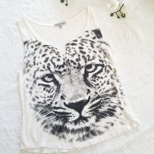 Blaxk Rhinestone Leopard Graphic Crop Top